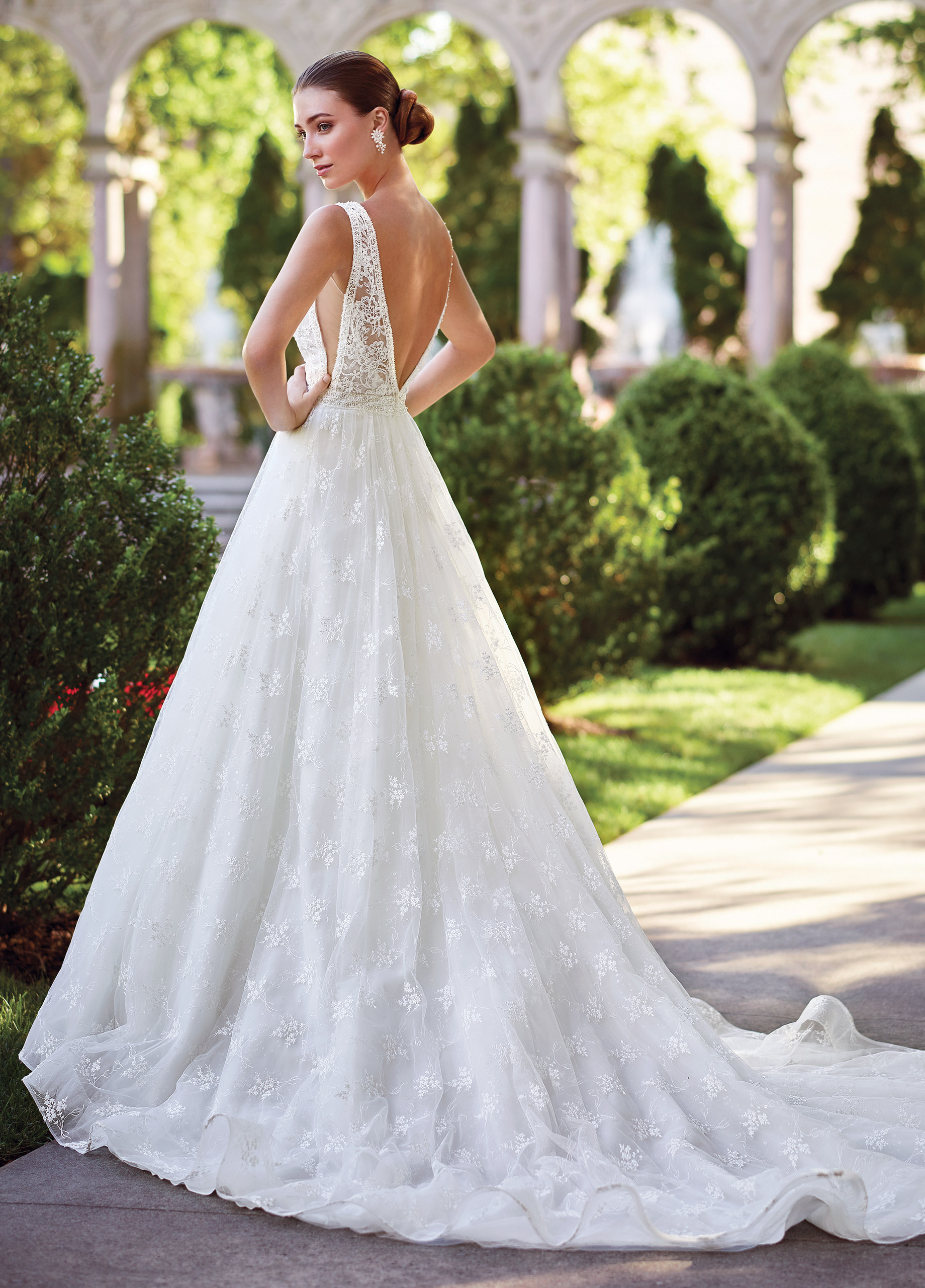 145dc6fef78 Schedule your appointment now at LuLus Bridal!